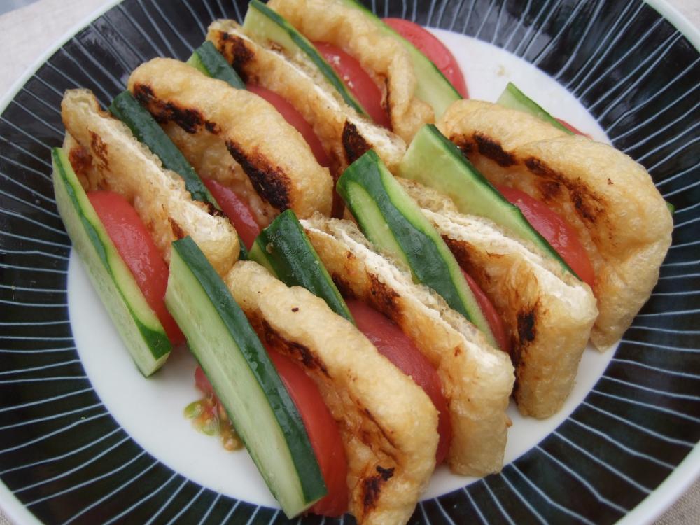 フレッシュ野菜の甘酒味噌あげサンド